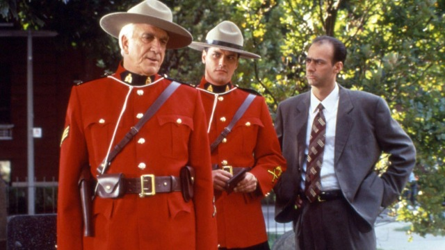Fan favourite Leslie Nielsen with Paul Gross in Due South