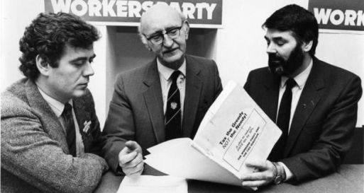 Éamon Gilmore and Proinsias de Rossa flank their then Workers Party boss, Tomas Mac Giolla, a former leader of the Official IRA, 1987