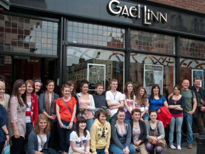 Irish And Scottish Gaelic-Speaking Students, Cluain Dolcáin, BÁC, Éire