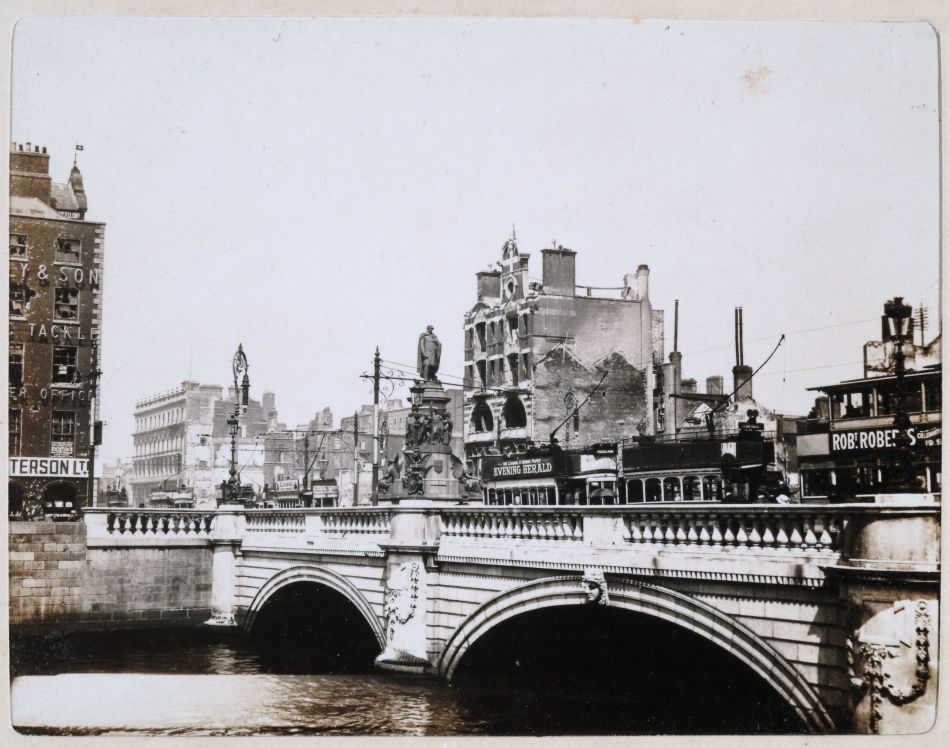 Aftermath of the Easter Rising, O'Connell Street Lower, O'Connell Bridge, Dublin, Ireland, May 17 1916