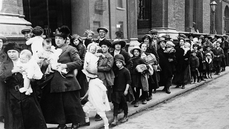 Refugees fleeing the terror of the British unionist regime in Belfast