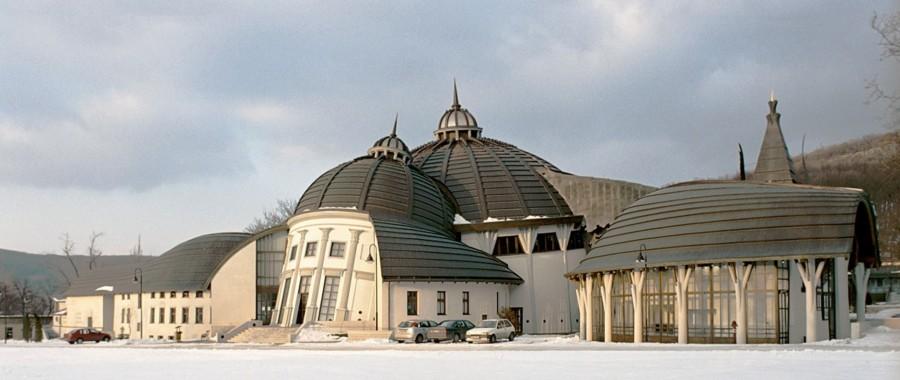 The architecture of Hungarian designer, Imre Makovecz