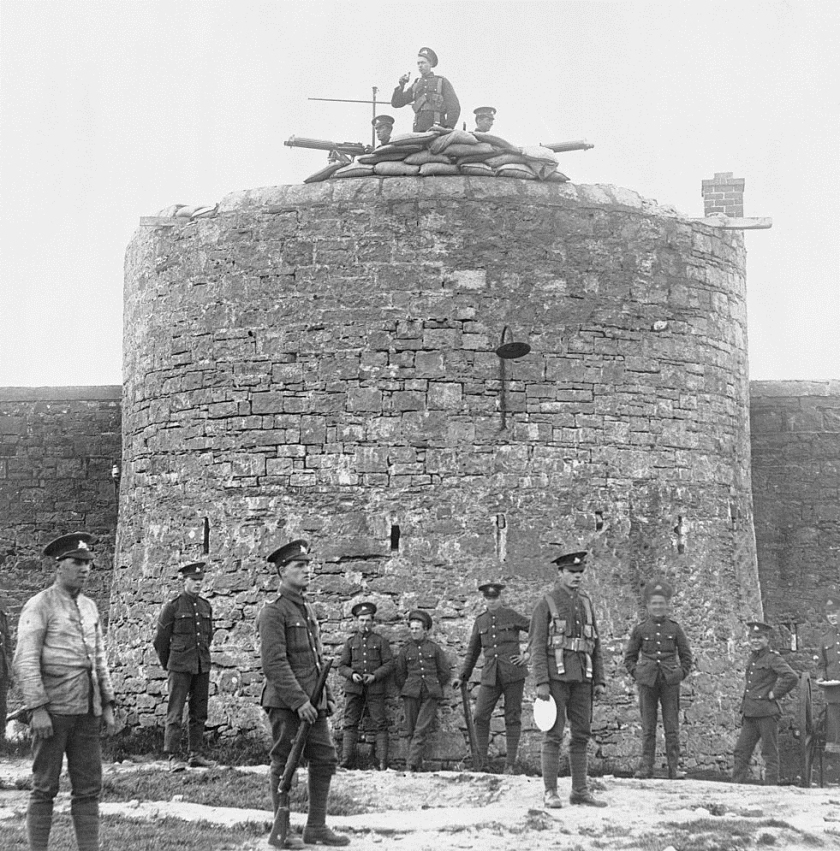 British soldiers of the Lincolnshire Regiment occupy Belleek Fort, the Battery, County Donegal, Ireland, August the 25th, 1922