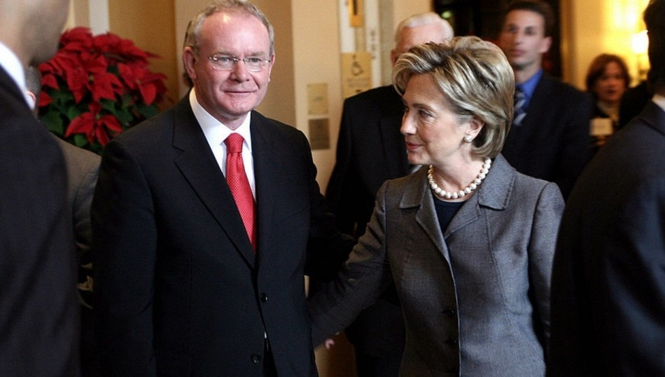 https://ansionnachfionn.files.wordpress.com/2016/11/sinn-fc3a9in-leader-martin-mcguinness-with-the-us-secretary-of-state-hillary-clinton.jpg?w=950