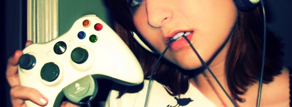 a-geek-gamer-girl-a-pc-and-technology-lover-of-computer-and-arcade-games