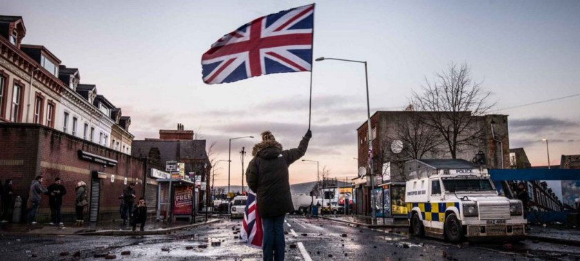 a-british-unionist-and-loyalist-protestor