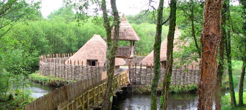 a-reconstructed-irish-crannog-or-island-dwelling