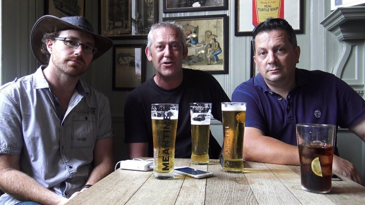 Three Blokes In The Pub Talk A No Deal Brexit